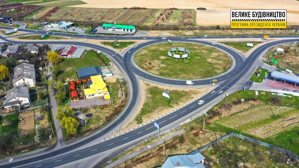 Велике будівництво: У межах президентської програми ремонтують трасу М-06 Київ – Чоп