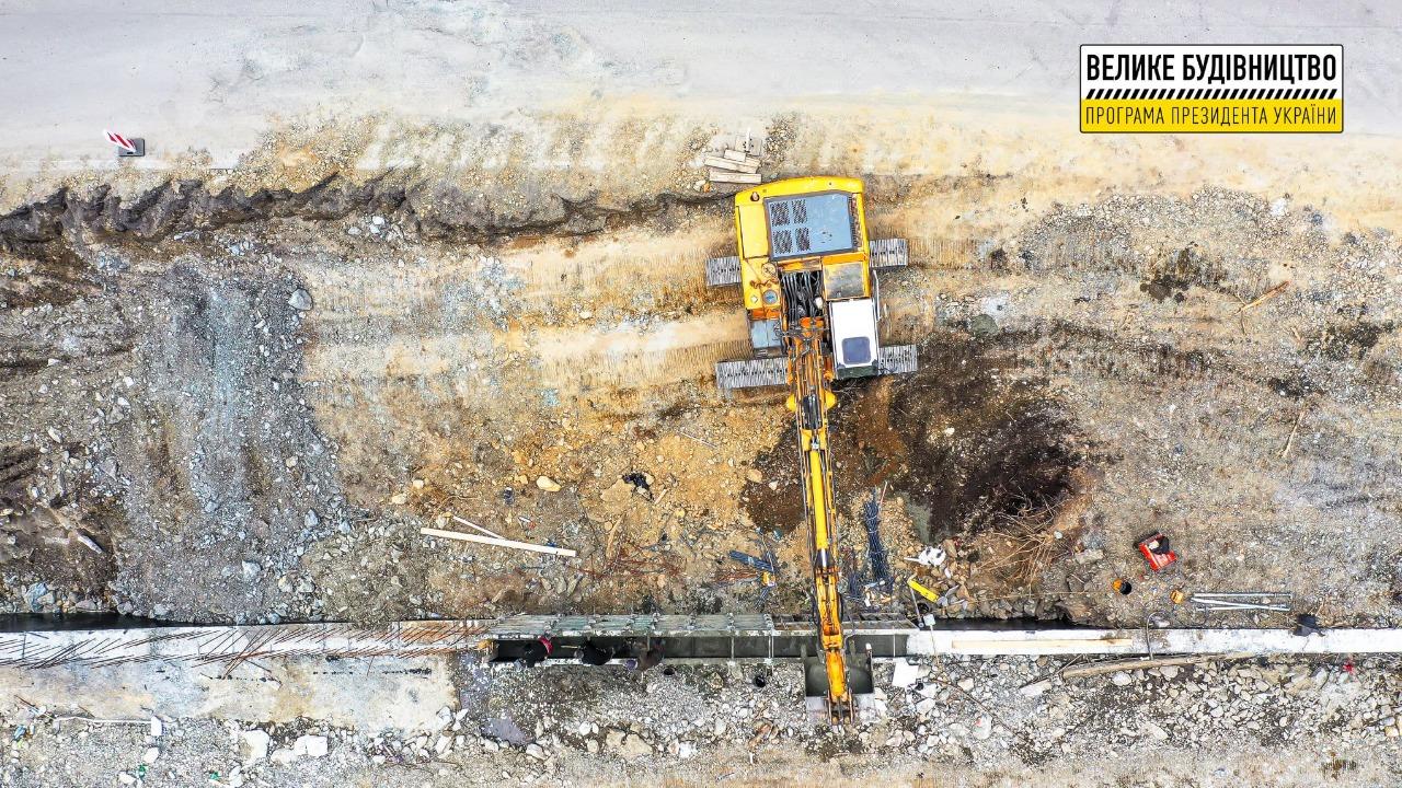 Ігор Шинкарюк: «На Закарпатті у межах «Великого будівництва» зводять спеціальні укріплювальні конструкції»