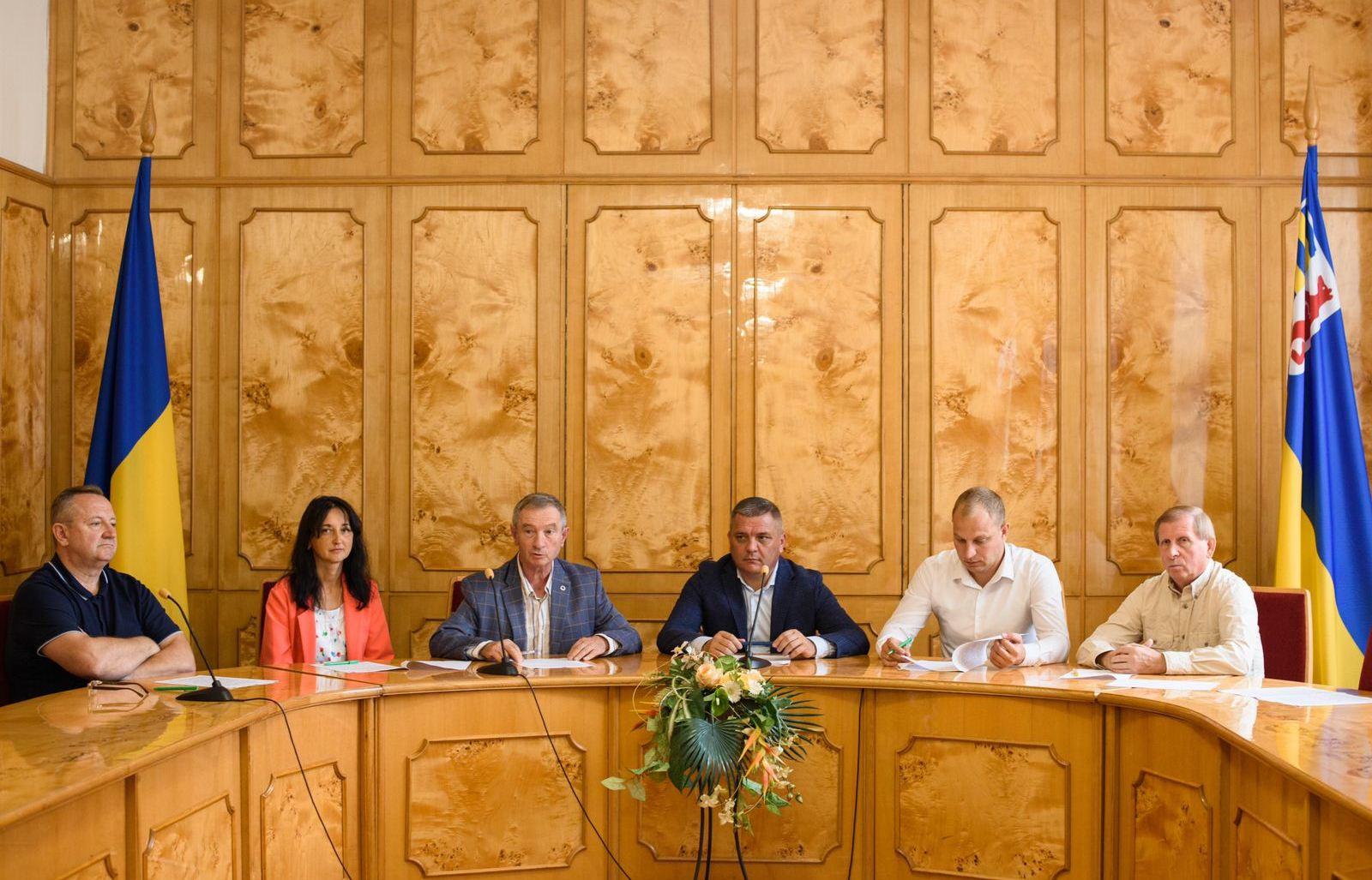 В ОДА підписали Меморандум про всебічне і цілеспрямоване сприяння регіональному та місцевому розвитку територій і громад Закарпаття